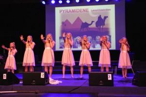 SEVEN-jentene-live_2014
